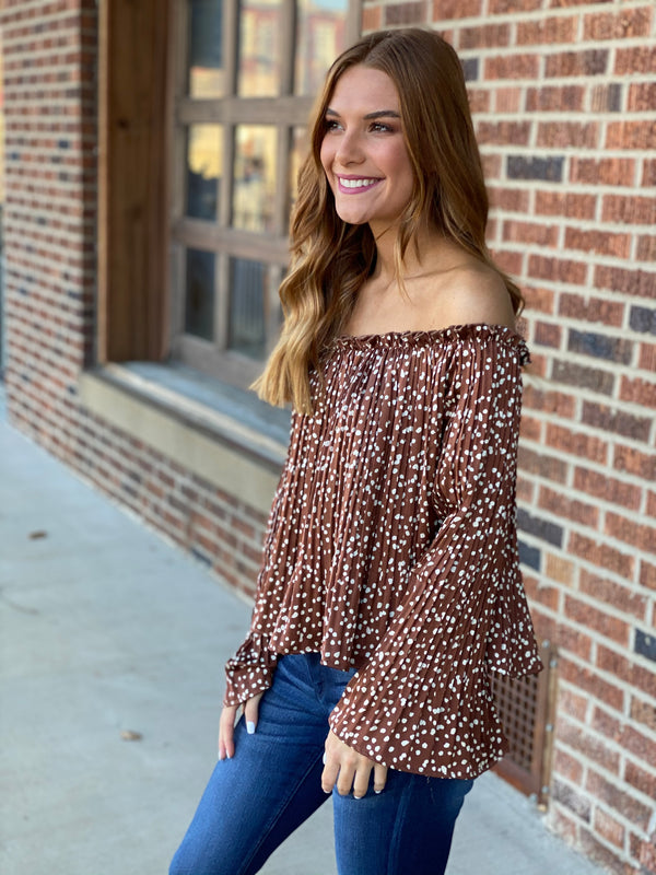 WEEKEND READY TOP- 2 COLORS
