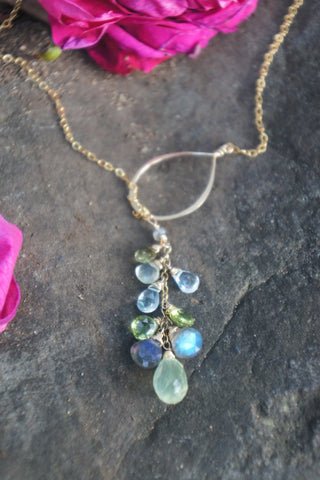 Cascade Teardrop Thread Necklace