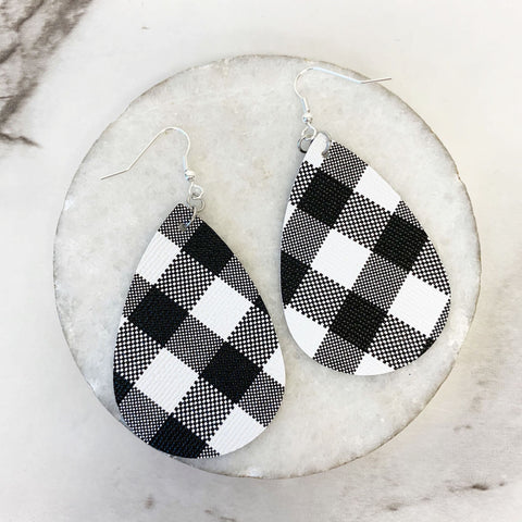 Buffalo Plaid Teardrop Dangle Earrings - Black/White