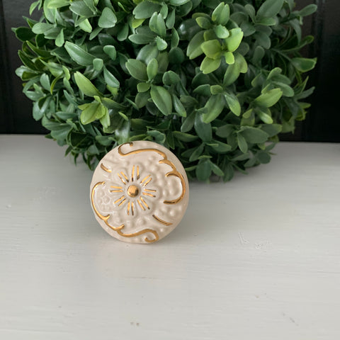 Cream & Gold Ceramic Knob