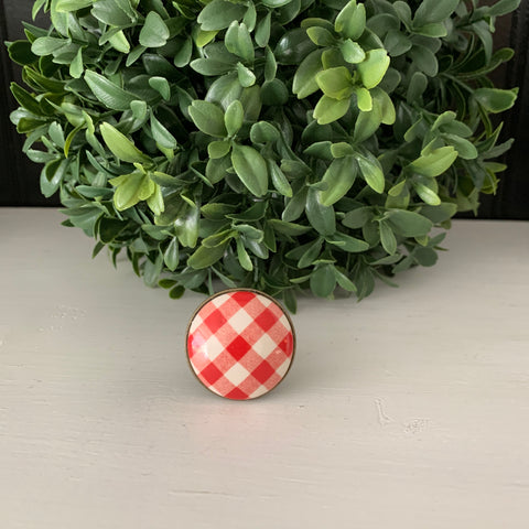Red & White Checkered Knob