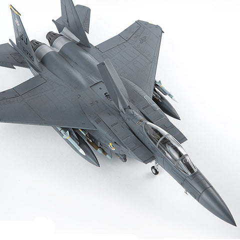1/72 F15-E Attack Eagle Combat Bomber Assembly Model 12550