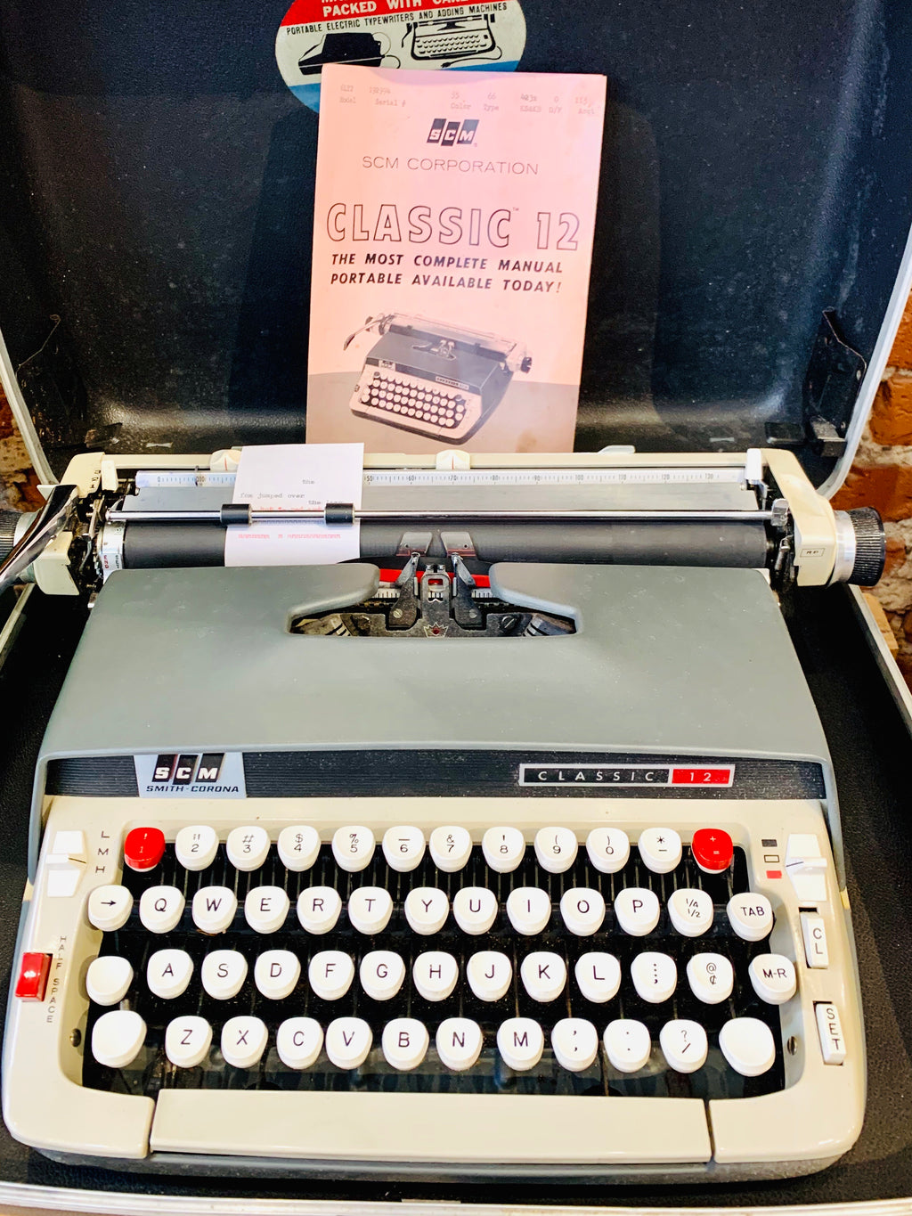 SCM Smith-Corona Classic 12 Typewriter