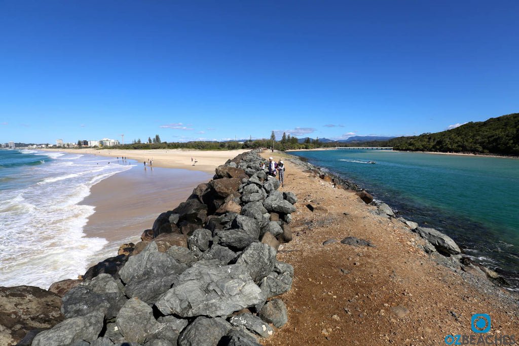 Facing west along the rock wall at Tallebudgera Creek at Burleigh Heads
