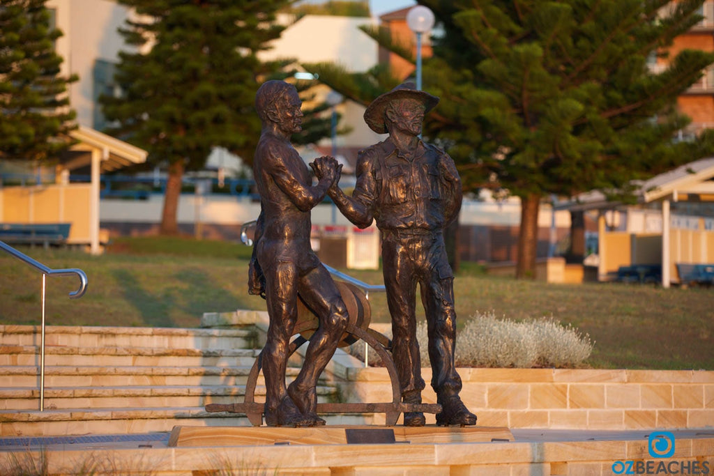 Lest We Forget - Coogee Beach ANZAC memorial statue
