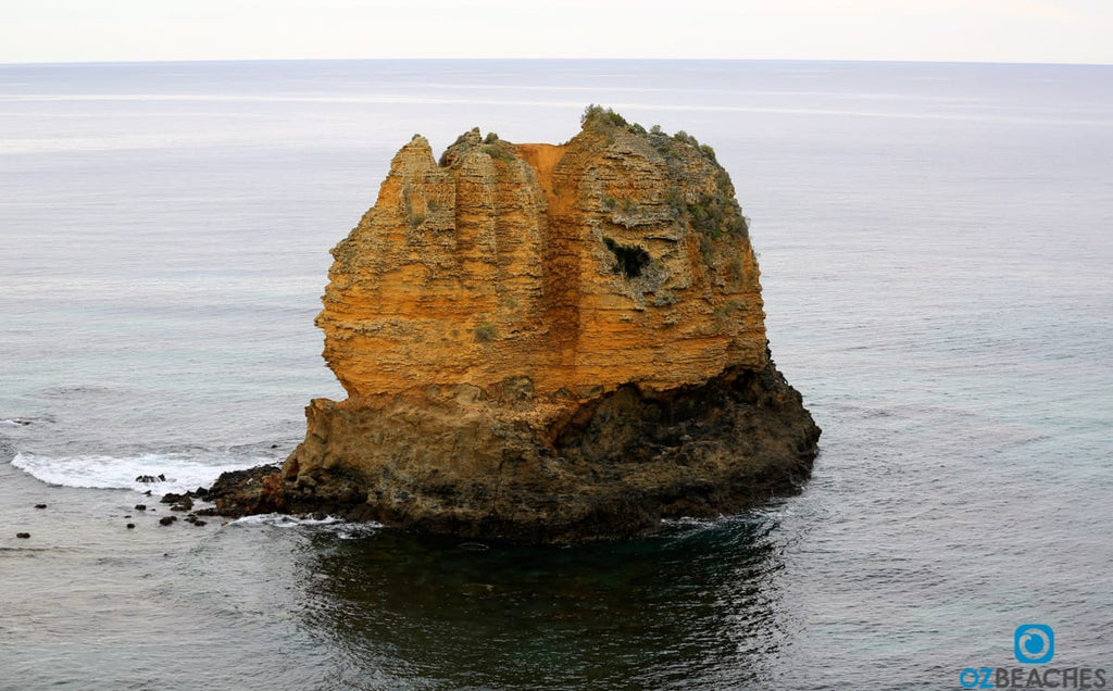 Aireys Inlet limestone rock stack