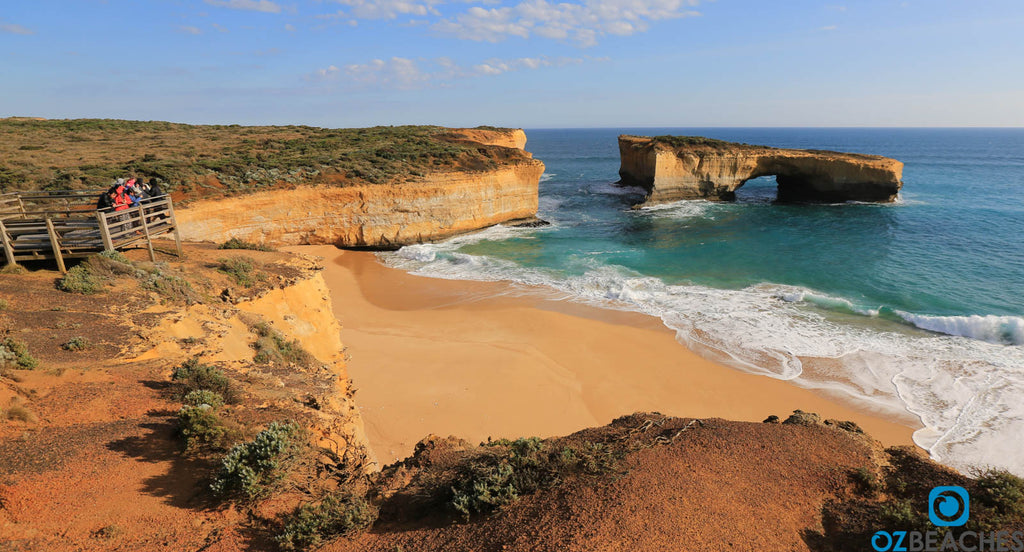 Amazing view of London Bridge at the Great Ocean Road Victoria