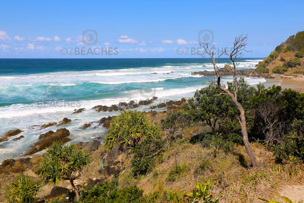 Beautiful sweeping coastal views at Kings Beach near Broken Head in NSW