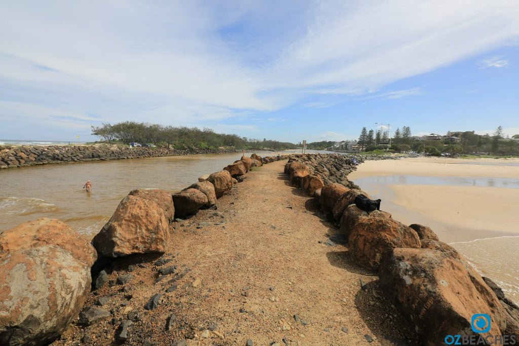 Kingscliff Beach rock wall before renovations