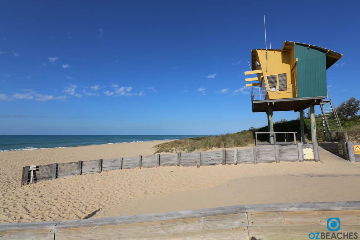 Lakes Entrance SLSC tower