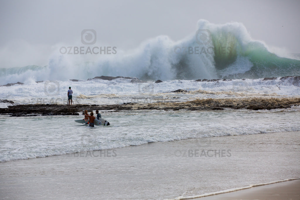 Snapper Rocks Cyclone Oma swell February 2019