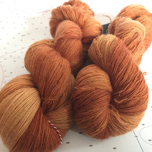 Sand Castle | Lace Merino Burnt Orange Brown Sienna Bronze Clay Autumn Warm Semi Solid Tonal / Single 1-ply wool / Indie Hand Dyed In Stock