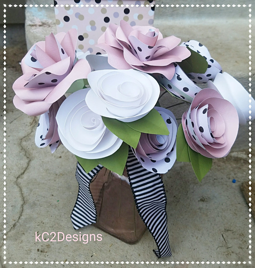 Paper flowers. Paper roses. Set of paper roses. Blush wedding. Polka dots. YOUR COLORS.