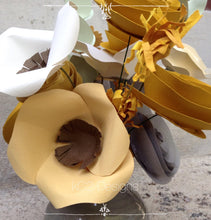 Paper flowers. Centerpiece. Mothers Day. Gift idea. paper flowers. hospital gift. YOUR COLORS. Valentines Day. office gift. any colors