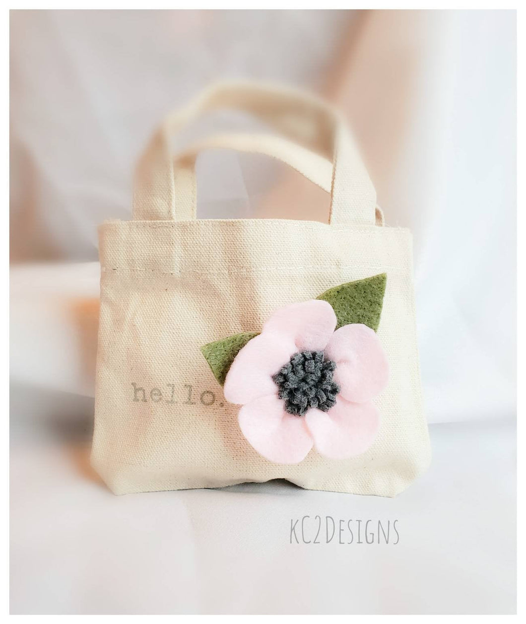 Gift bag. Mini gift bag. Hello. Felt flower. Valentines day. Mothers day. Bridal party. Burlap. Eco gifts. Birthday gift. Friend gift. Felt.