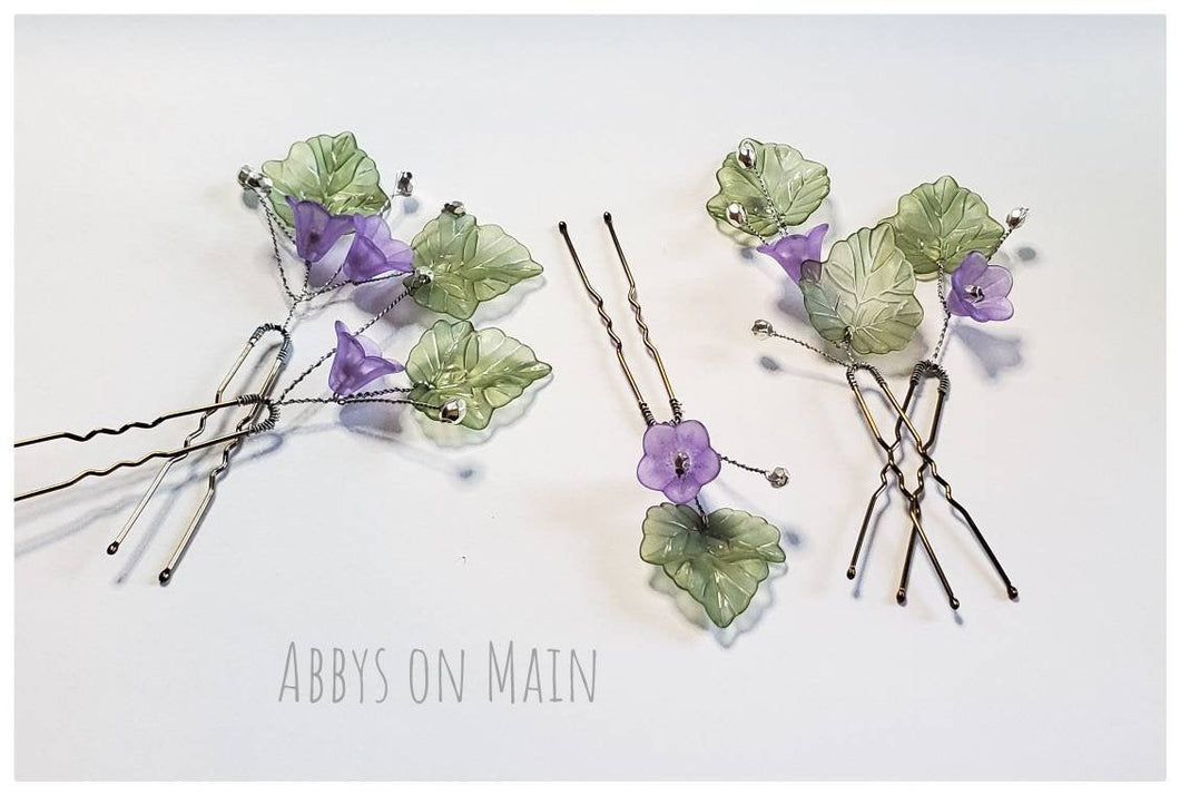 Hair pins. Hair accessories.  Flower girl. Bridal hair. Purple flowers. Spring flowers. Easter. Wedding hair. Flower hair pins. Bobby pins.