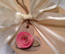 Heart gift tag. Wedding gift tag. Mother's Day. Wedding place cards. Escort cards. Place cards, gift tags. Wine tag