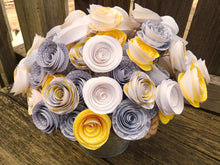 24 yellow and gray roses. Yellow and gray wedding. Yellow and gray flowers.
