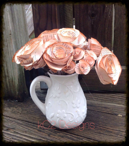 Book page roses. Set of pink tea stained paper roses. Wedding centerpiece. Vintage flowers. Bridal bouquet. 2019 wedding trends.