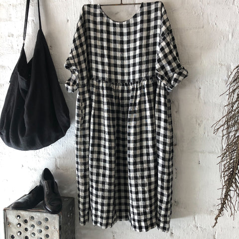 Sarah Linen Dress - Black & White Gingham