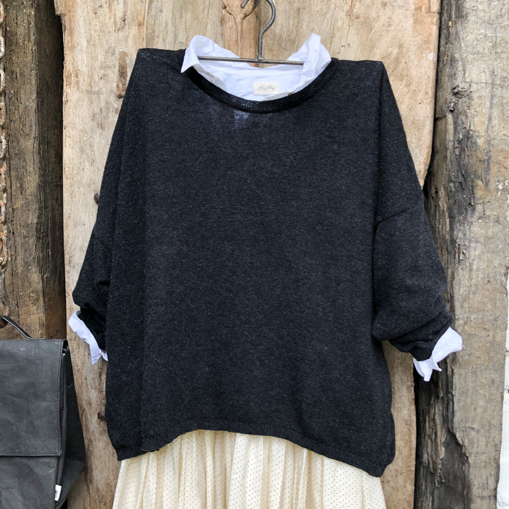 Tess Sweater 100% Wool Black