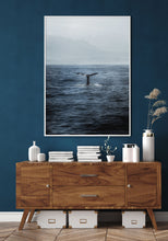 Load image into Gallery viewer, Whale Tail