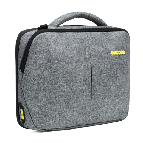 "INCASE Reform 15"" MacBook Pro Brief"