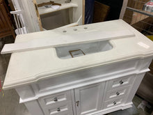 "Load image into Gallery viewer, Minogue 42"" Single Bathroom Vanity Set"