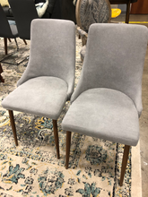 Load image into Gallery viewer, Set of 2 Velvet Elodie Dining Chair