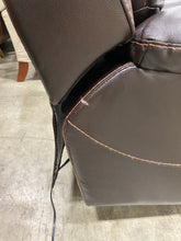 Load image into Gallery viewer, Hurdland Leather Power Recliner Brown