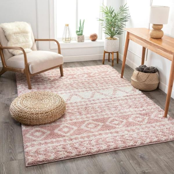 Madison Shag Cossima Moroccan Geometric Pink 5 ft. 3 in. x 7 ft. 3 in. Area Rug(1661RR)