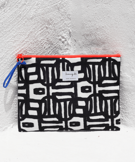 """Ioli Black"" big pouch - Tomy K"