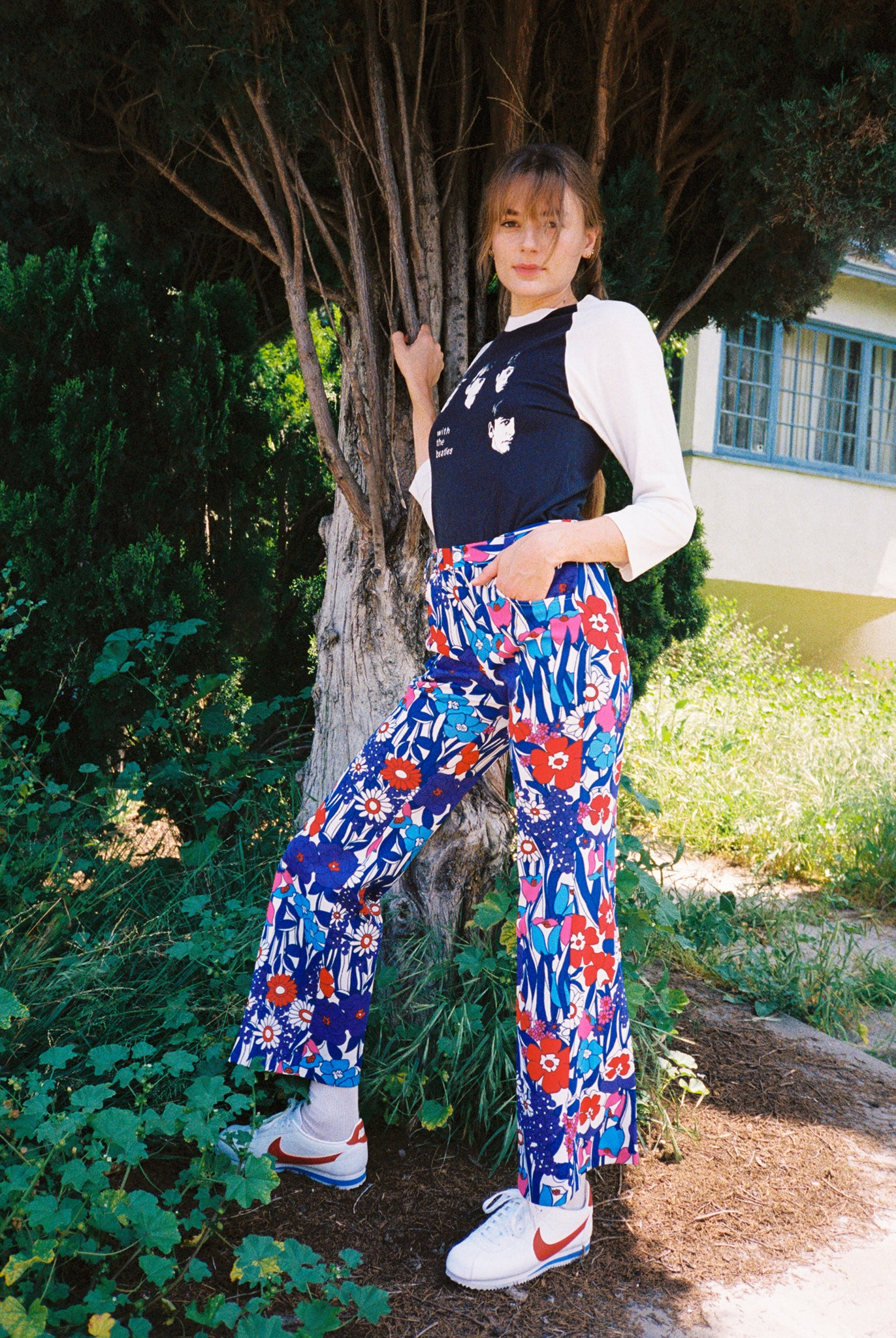 Vintage 60s hippy flower power psychedelic floral high waist flare pants