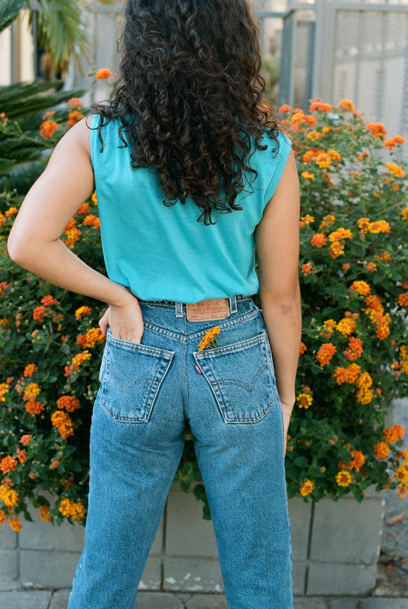 vintage 1980s 80s levi's 550 high waisted denim jeans