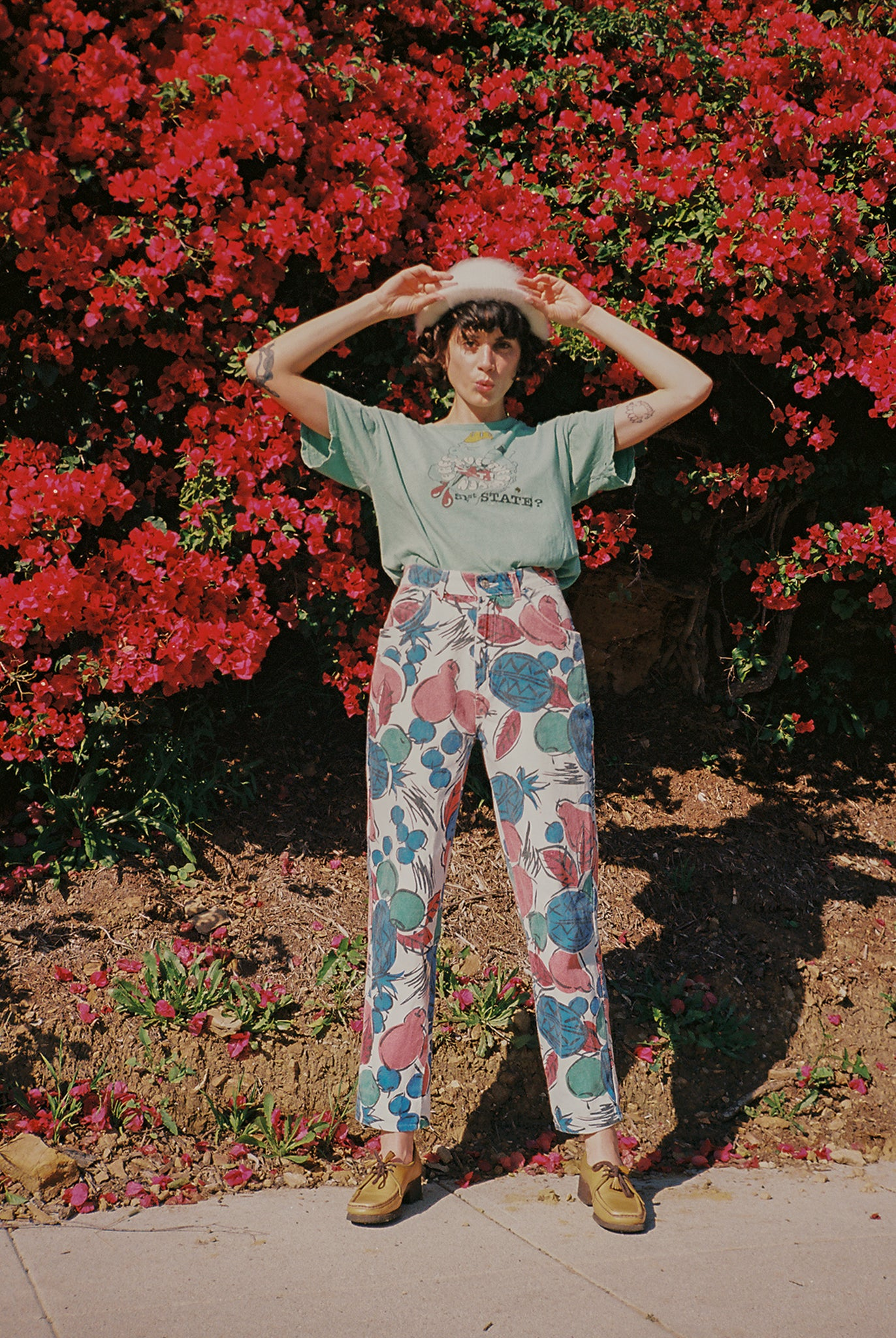 Vintage 80s high waist abstract fruit print jeans