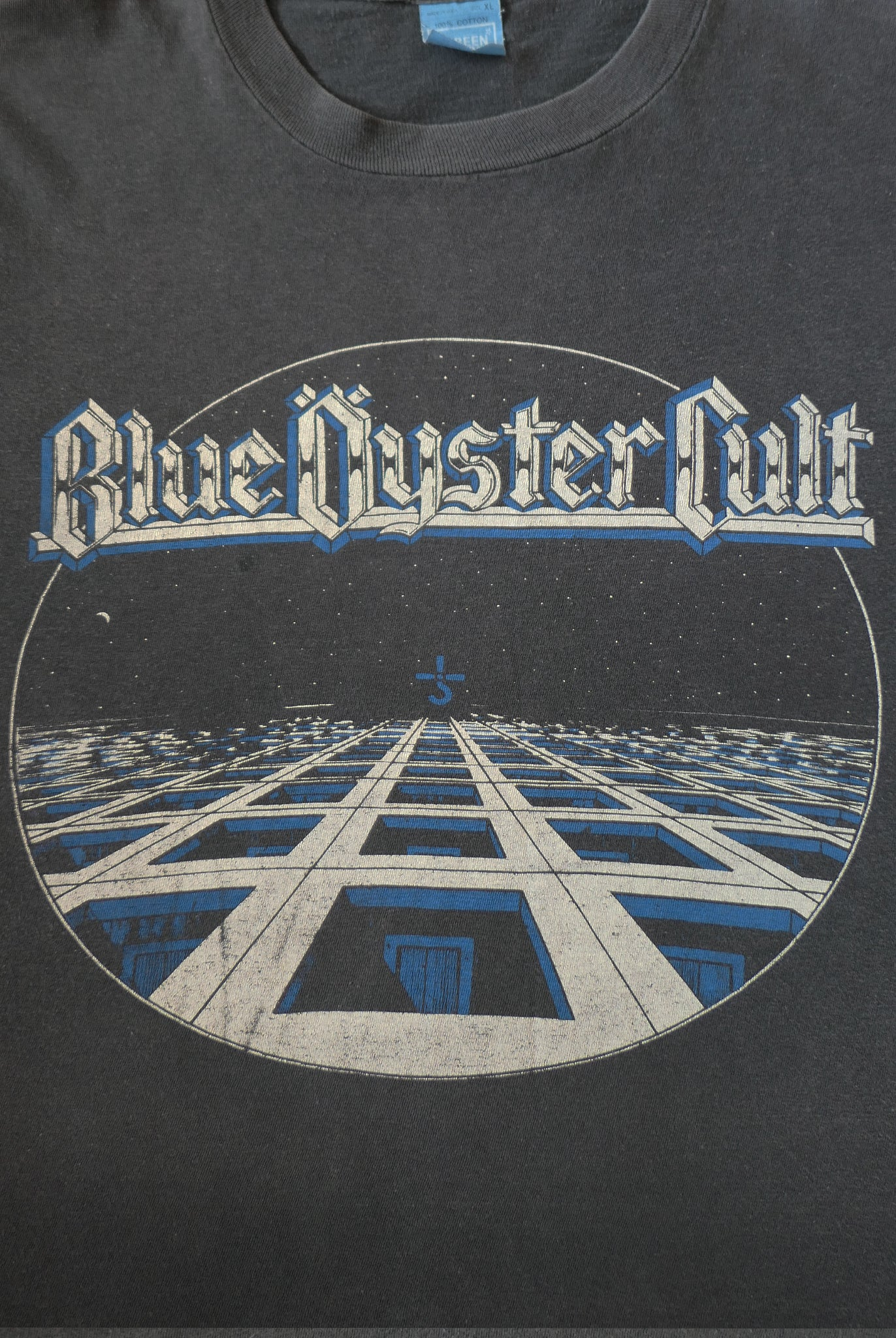 vintage retro 1980s 80s 1981 blue oyster cult rock band music t-shirt