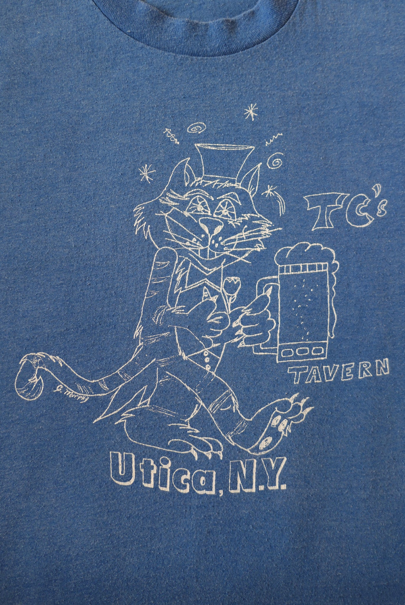 vintage 1980s utica tavern new york t-shirt
