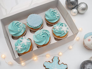 'Love at Frost Sight' Snowflake Cupcakes