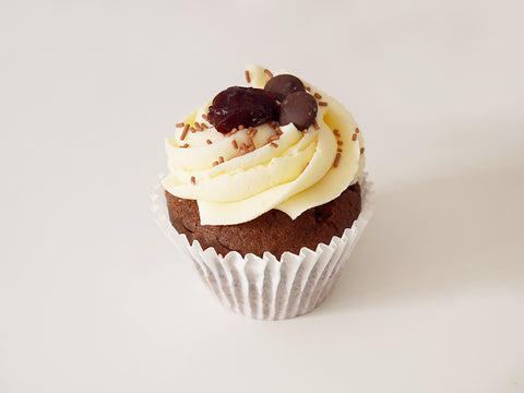 6 Black Forest Cupcakes