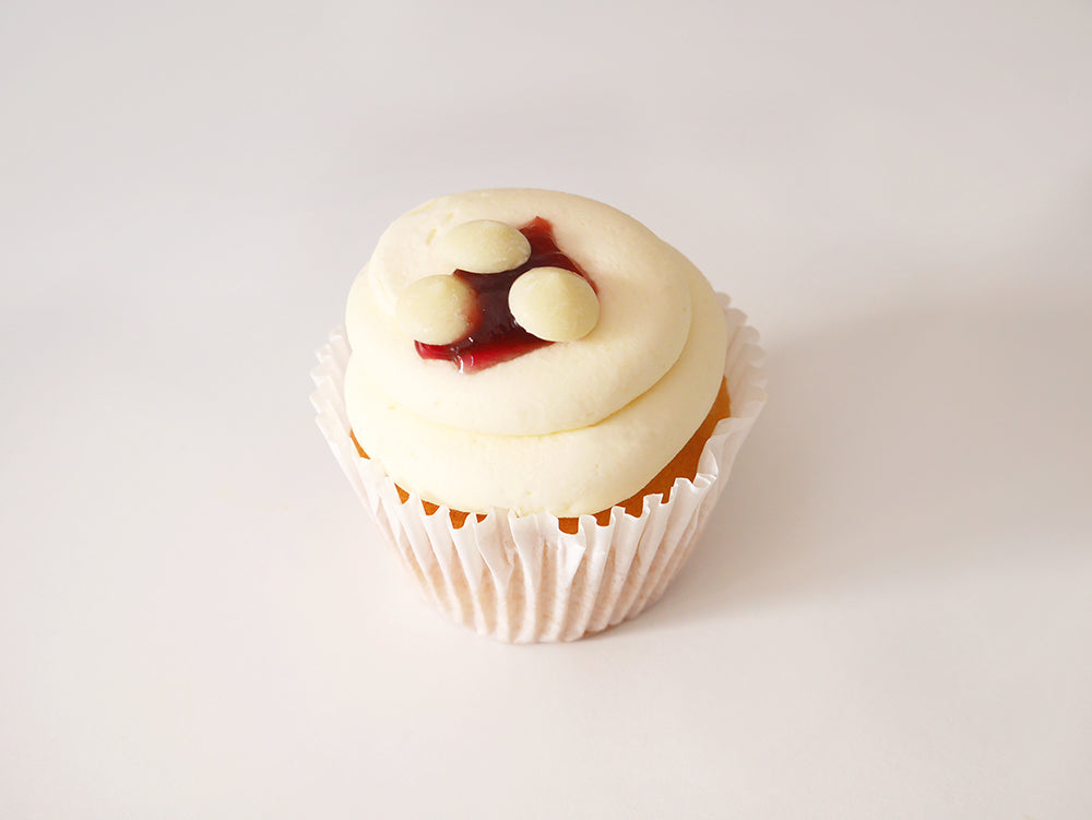 6 White Chocolate & Raspberry Cupcakes