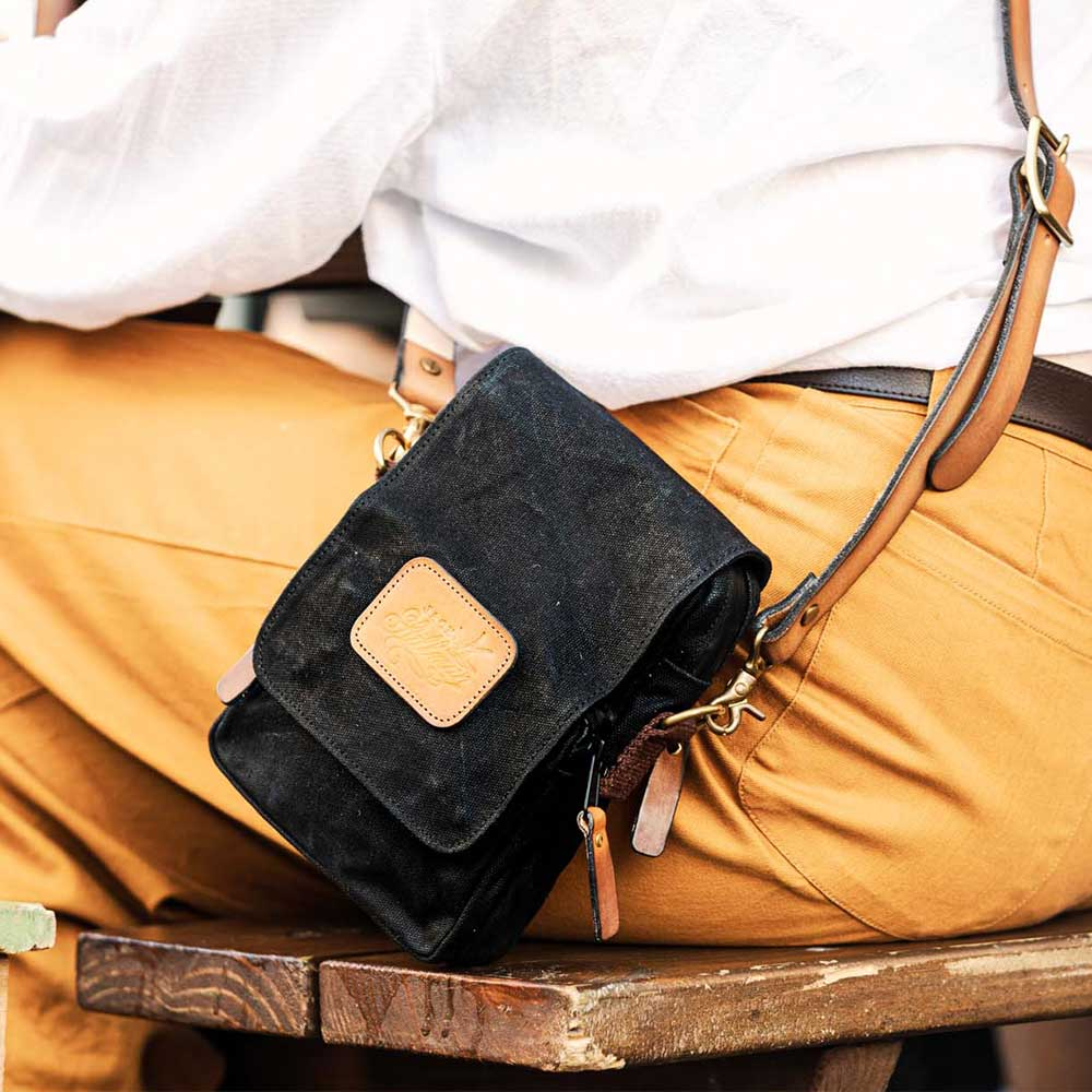 Drake Cross Body Bag By Jack Stillman