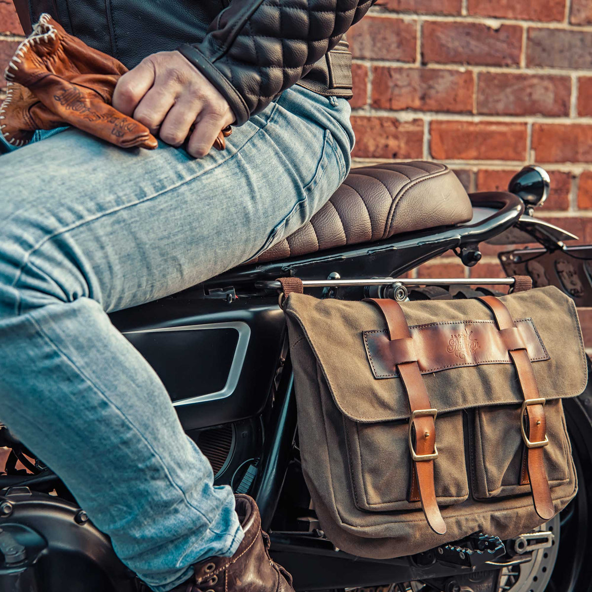 Solo Waxed Canvas Messenger Bag