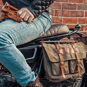 Solo Messenger Bag