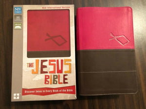 NIV The Jesus Bible : Discover Jesus in Every Book of the Bible