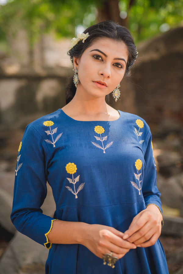 Indigo Mogra Scalloped Swing Kurta