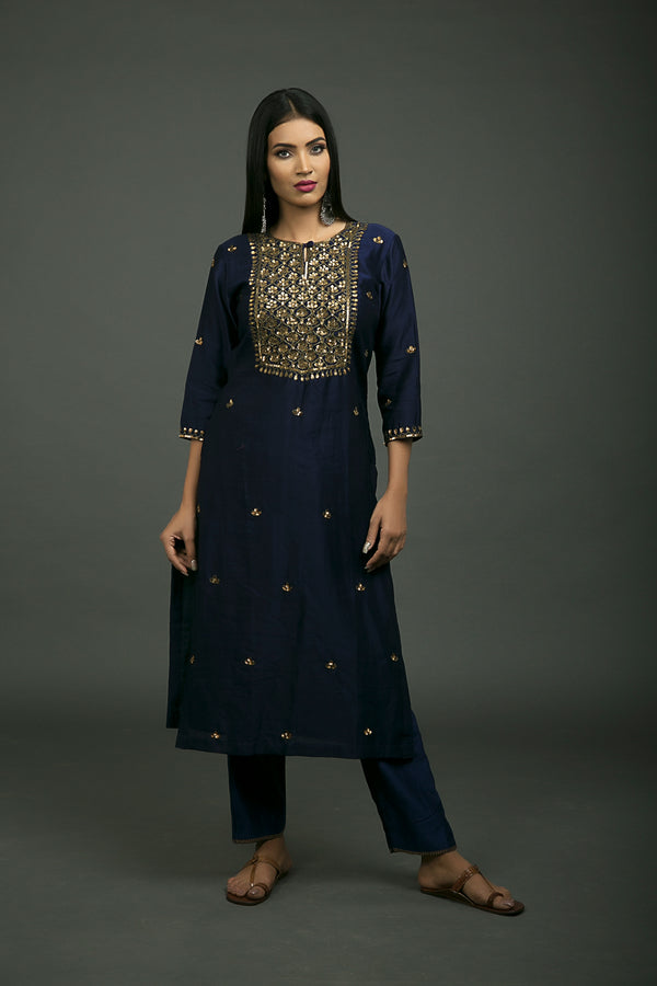 Roshanara Embroidered Neela Kurta & Pant (Set of 2)