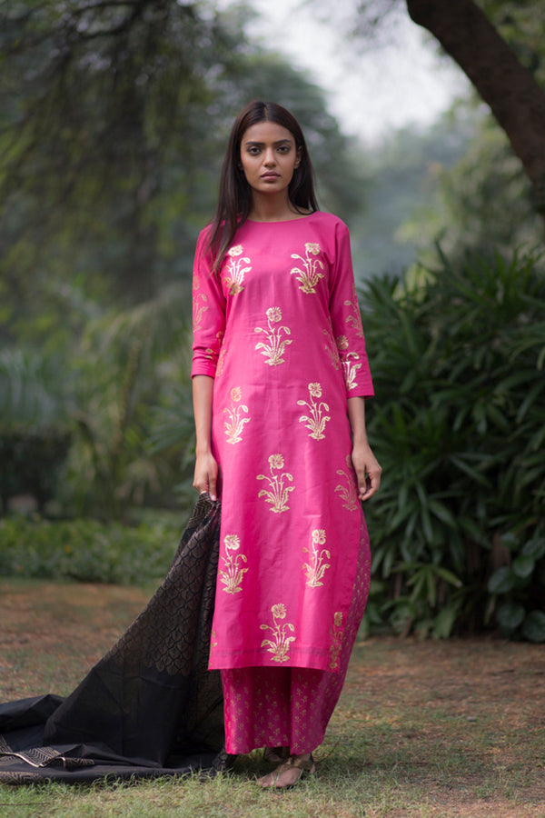 Rani Pink Gulmohar Kurta Set With Dupatta (Set of 3)