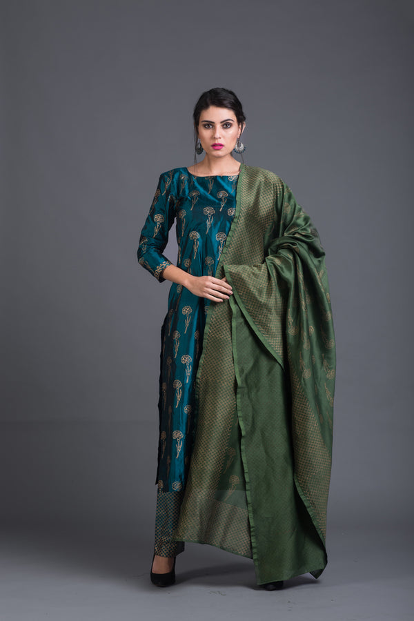 Zircon Lily Set with Green Dupatta (Set of 3)
