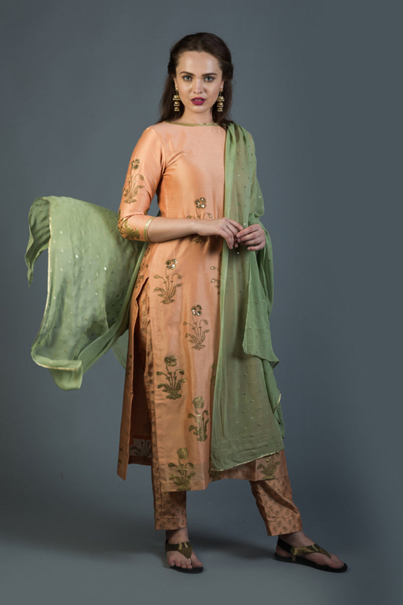 Regal Mughal Bootah Set with Dupatta (Set of 3)
