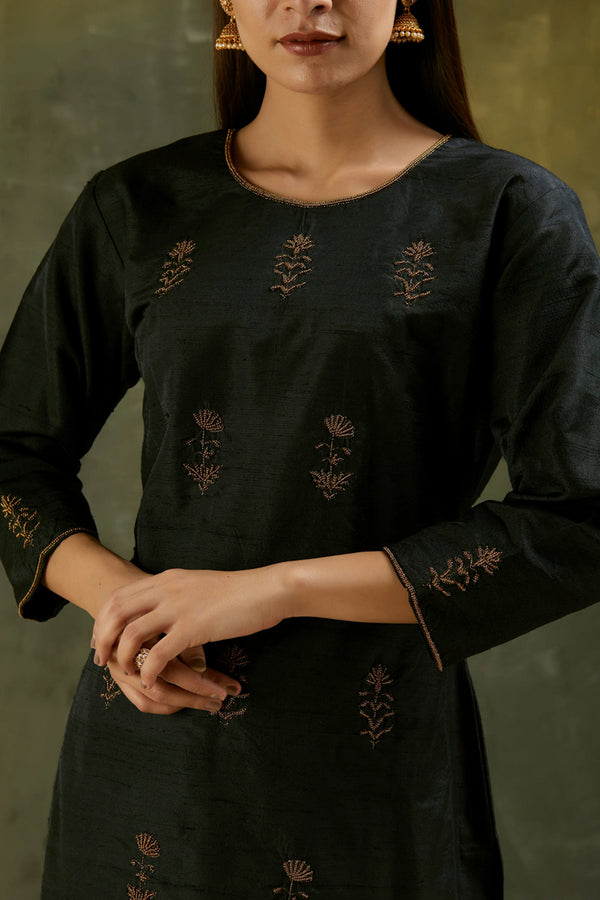 Charcoal Aari Embroidered Kurta